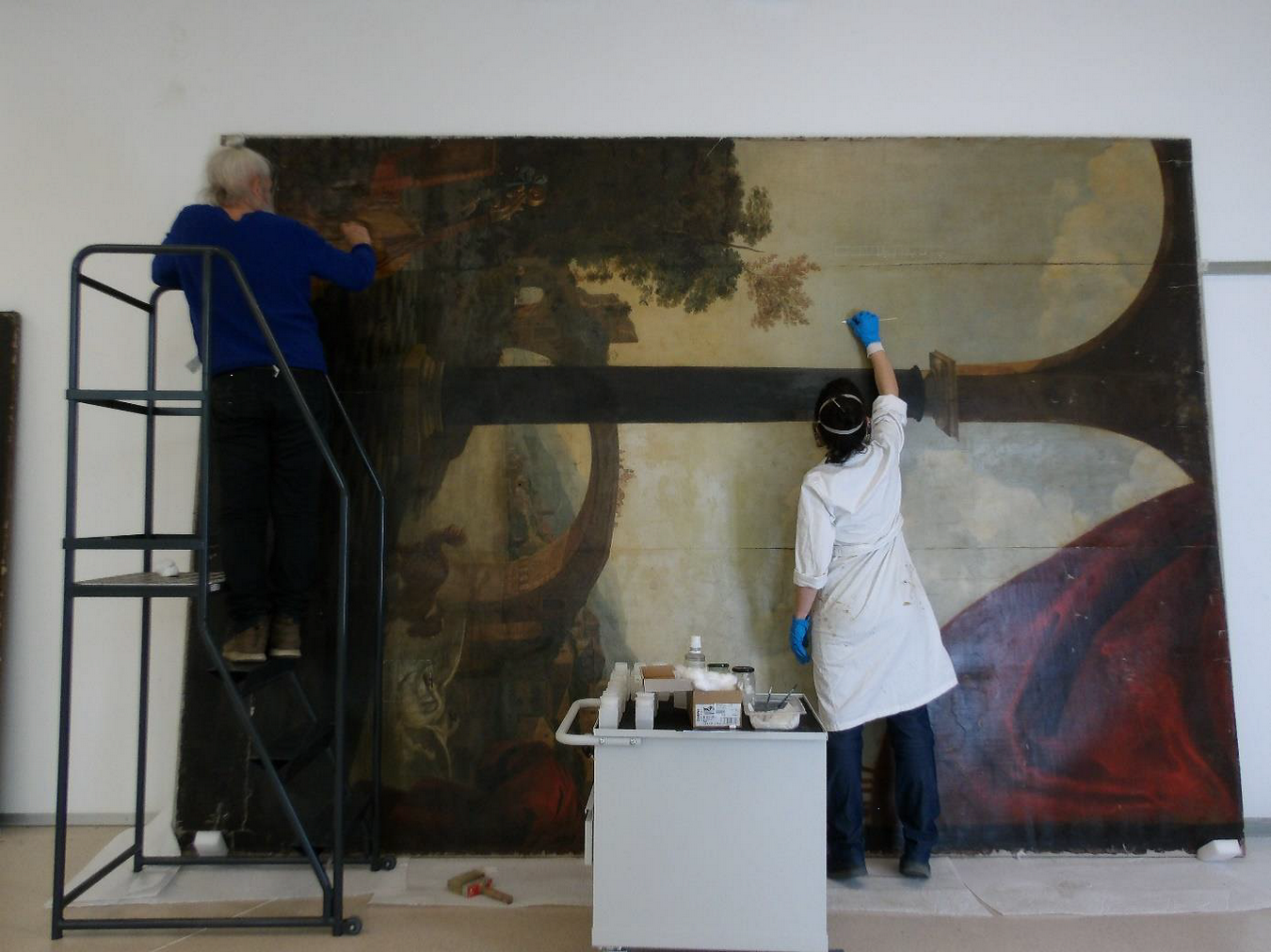 Restauration des tableaux du Château de la Punta