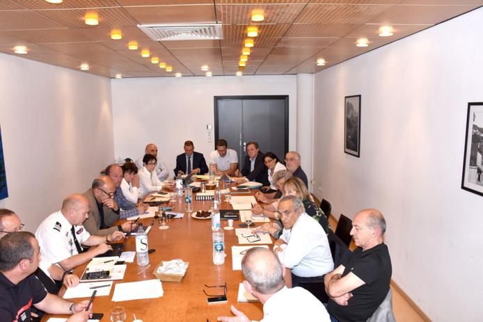 Premières réunions pour les groupes de travail de la Chambre des territoires