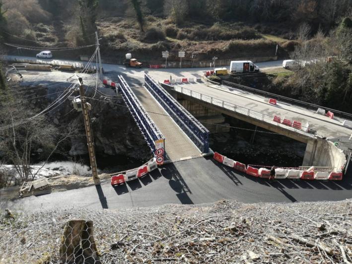 RD 506 : Ponte Biancu, Orezza - Mise en circulation du pont provisoire