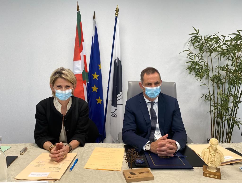 Signature officielle d'un accord de coopération entre le Chef du Gouvernement Basque et le Président du Conseil exécutif de Corse