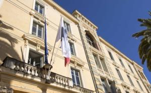 Quelques jours avant le déplacement du Premier ministre sur l'île, Gilles Simeoni et Jean-Guy Talamoni ont présenté une résolution relative au climat social, au coût de la vie et au problème du prix du carburant en Corse